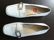 ANN KLEIN- LEATHER -LOAFERS SHOES-- WHITE- SIZE-8.5 -NEW****
