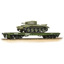 Bachmann 38-725 OO Gauge WD Warflat Wagon Khaki Green Cromwell Tank