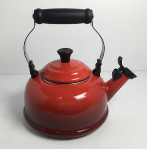 """Le Creuset 1.7 Quarts 1.6 Liters """"Cherry"""" Red Whistling Tea Kettle (2 DINGS)"""