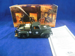 Matchbox Collectibles YYM35189 1941 Chevrolet Army Fire truck 1:43 Scale