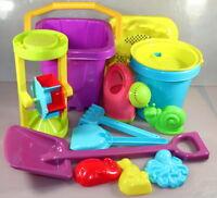 Sandspielset 13 teilig Eimer, Gisskanne, Sieb, Formen, Mühle Spielzeug
