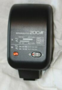 Canon Speedlite 200M with original soft case, tested and working