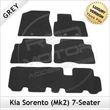 KIA SORENTO MK2 LIFTING 2013-2015 7-seater Tailored LUSSO 1300g TAPPETINI AUTO GRIGIO