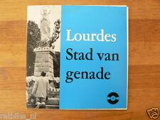EP WITH BOOK LOURDES STAD VAN GENADE UITGEVERIJ SINT JORIS DEN HAAG REINBOUD