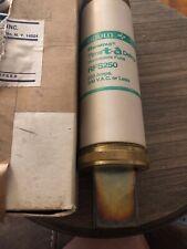 GOULD SHAWMUT TIME DELAY 250AMP RENEWABLE FUSE RFS250 (t27)