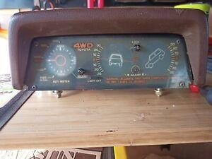 Toyota 4Runner Hilux Surf Pickup Altimeter Inclinometer Tilt Gauge OEM Brown