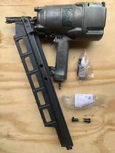 "Hitachi Koki NR83A2(S) 3-1/4"" Round Head Strip Framing Nailer Nail Gun WORKING"