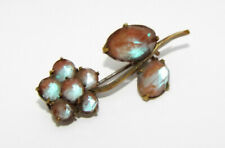 Vintage Victorian SAPHIRET flower BROOCH pin small cute costume jewelry c clasp