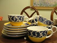 """HEREND SPLAH 6 CUPS 3 7/8"""" AND 6 SAUCERS"""