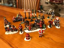 20 MINIATURE CHRISTMAS FIGURES TRAIN ACCESSORIES FIREFIGHTERS, RR CROSSING SIGNS