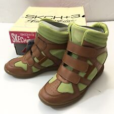 NEW! SKECHERS SKCH+3 Women's Hidden Wedge Sneaker High Heels Green Shoes Sz6.0