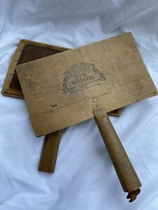 Old Whittemore Patent Wool Carders Paddles No. 9 Pair - L.S. Watson & Co.