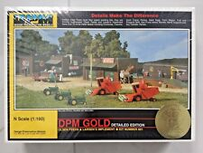 WOODLAND SCENICS 1/160 N OLSEN FEEDS & LARSEN'S IMPLEMENT DPM GOLD KIT 66100 F/S