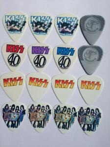 KISS - PACK WITH 16 GUITAR PICKS -