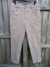 Gloria Vanderbilt Amanda Tan Jeans Size 12..................................Z311
