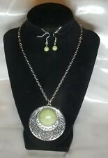 Paparazzi Green And Silver Long Chain Neclace Set. (Chain Shortened To Fit Bust)