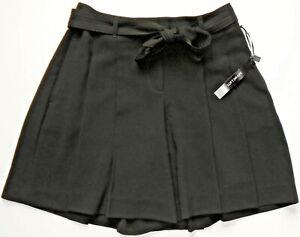 White House Black Market Black Pleated City Shorts Size 8 NWT