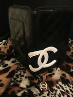 AUTHENTIC CHANEL CAMBON LINE COCO MARK ROUND ZIPPER WALLET PURSE (USED)