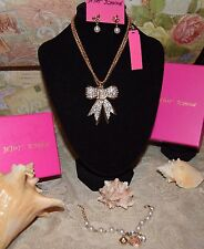 3PC BETSEY JOHNSON STUNNING CRYSTAL BOW NECKLACE BOW EARRINGS  PEARL BRACELET