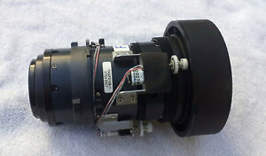 Panasonic Projector Standard zoom lens 1.8 - 2.5 - TKGF0109-1 + Pro Flight case