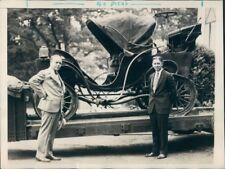 Press Photo Vintage Columbia Electric Auto