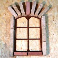 601A  Antik Stallfenster Gusseisen Scheunenfenster Trockenmauer Natursteinmauer