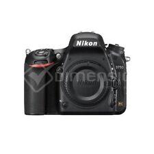 Appareils photo numériques D750