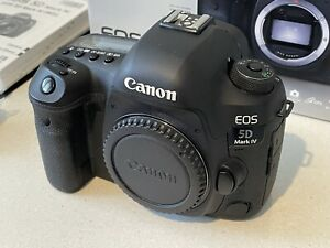 CANON EOS 5D MARK IV (5d4) Plus Accessories - Very low shutter count!
