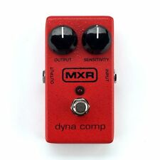 MXR M102 Dyna Comp Compressor Guitar Effects Pedal +Picks