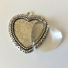 Silver Heart Cabochon Setting 25mm with glass cabochon DIY photo pendant charms