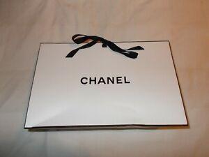 EMPTY CHANEL TIE UP BAG/BOX SMALL (L27 X H19 X D10) + CARD/TISSUE PAPER