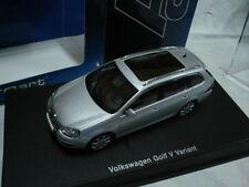 AUTO ART 1/43 VW GOLF V VARIANT (SILVER)