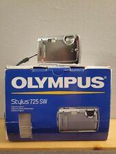 Olympus Stylus 725SW 7.1MP Digital Camera - Silver, Bundle w/extras Tested EUC.