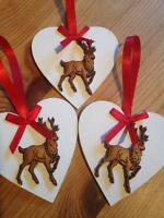 3 X Christmas Decorations Shabby Chic Rustic Nordic Reindeer Real Wood Heart Red