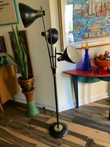 GERALD THURSTON LIGHTOLIER BLACK FLOOR LAMP TRIENNALE MID CENTURY MODERN Works