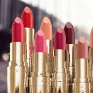 Avon True Crème Legend Lipstick ~ Assorted Shades ~ FULL SIZE ~ New & Sealed
