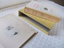 Livres anciens et de collection standard relié avec jaquette, sur les livres illustrés