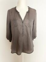 Old Navy Womens Top Blouse Size M Gray Black Polka Dot Ruffle V Neck Buttons