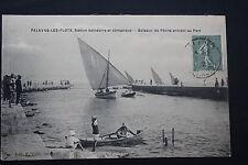 Carte Postale Ancienne CPA animée PALAVAS - Bateaux de pêche entrant au Port
