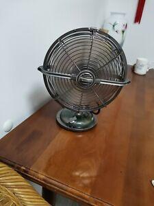 """Vintage Fan 8"""" Desk Top"""