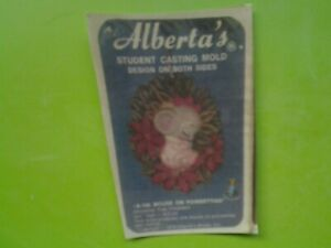 COLLECTABLE 1979 ALBERTA MOLD#A166-MOUSE ON POINSETTIAS ORNAMENT