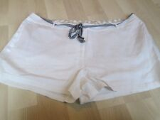 BODEN WHITE BELTED LINEN SHORTS SIZE 22- (#3 MAN)