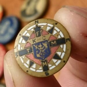 1900s K of C Knights Of Columbus TMAA Compass Enamel Cloisonne Lapel Pin Compass