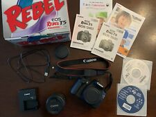 Canon EOS Rebel T5 / EOS 1200D 18.0MP Digital SLR Camera