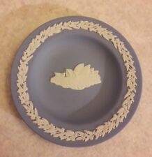 With Sydney Opera House. Boxed Wedgewood Pin Plate