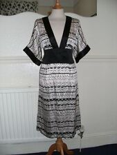 M by Madonna at H & M Pink and Black Kimono Dress Mulberry Silk Size 12 BNWT