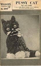 Suave y tierno Cat Toy Tejer patrón. Laminado copia.