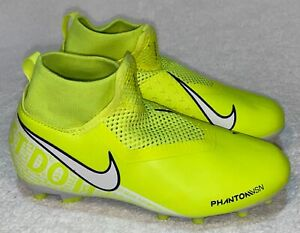 NIKE Phantom Vision Academy Dynamic Fit Volt White MG FG Soccer Cleats Youth 5.5