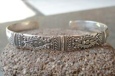 925 Sterling Silver-Ll04-Balinese Hand Made Bangle Unique Carved & Simple