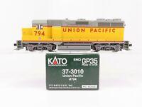 HO Scale Kato 37-3010 UP Union Pacific EMD GP35 Diesel Locomotive #794 DCC Ready